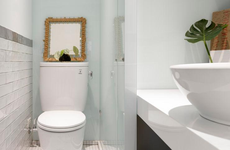 小圓滿 磨設計 浴室 磁磚 White