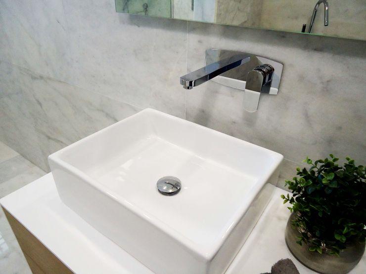 Móvel Jazzi - Lavatório Art 12 - Misturadora Liah parede Smile Bath S.A. Casas de banho modernas