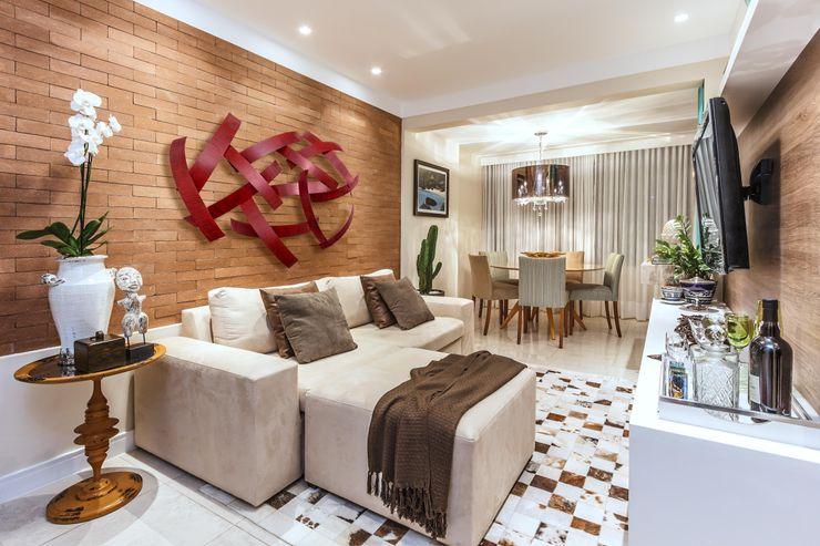 DUE Projetos e Design Living room Wood Brown