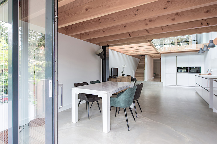 Bloot Architecture Modern dining room Concrete Wood effect