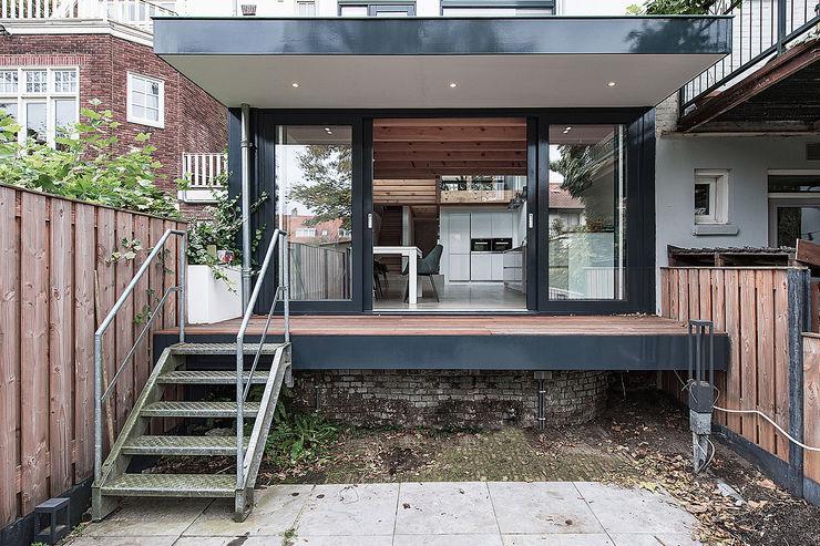 Bloot Architecture Kitchen units Concrete Wood effect