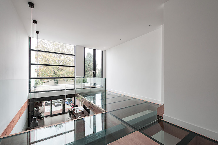 Bloot Architecture Modern living room Glass Wood effect