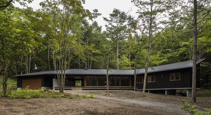 建物全景 アトリエ慶野正司 ATELIER KEINO SHOJI ARCHITECTS 別荘 木 黒色