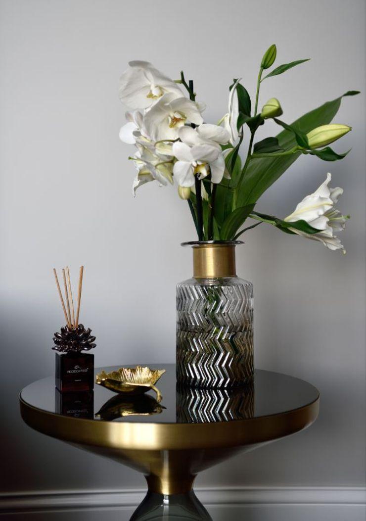 ABA HOUSE Esra Kazmirci Mimarlik Modern living room Glass Black