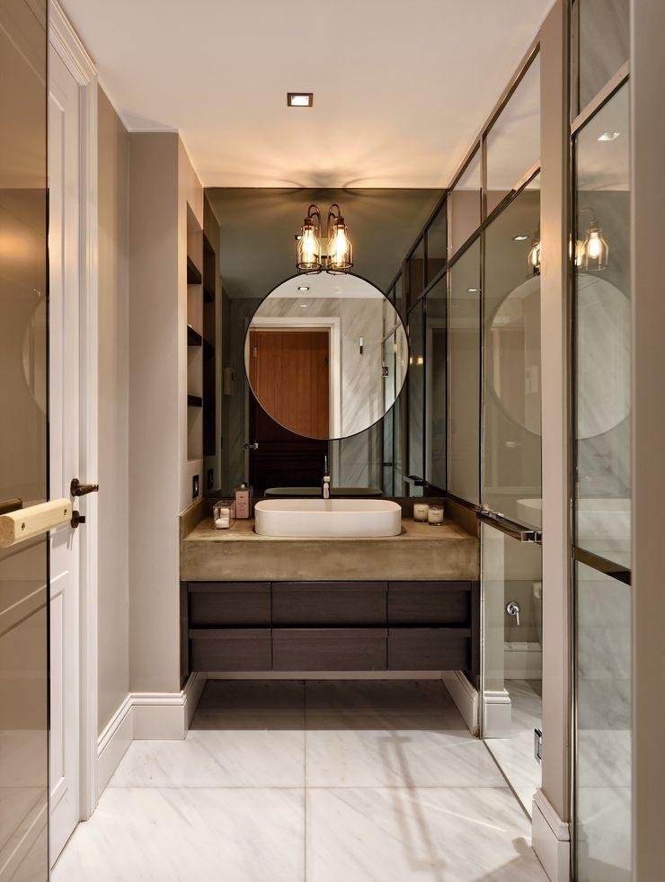 ABA HOUSE Esra Kazmirci Mimarlik Modern bathroom Marble Grey