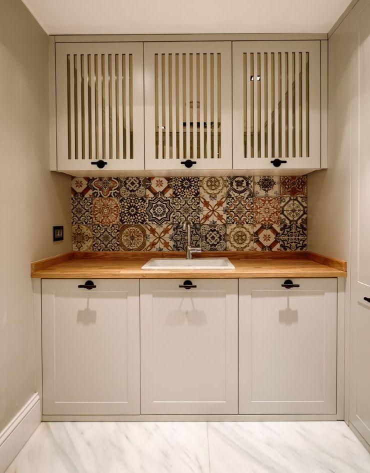 ABA HOUSE Esra Kazmirci Mimarlik Modern kitchen Ceramic Green