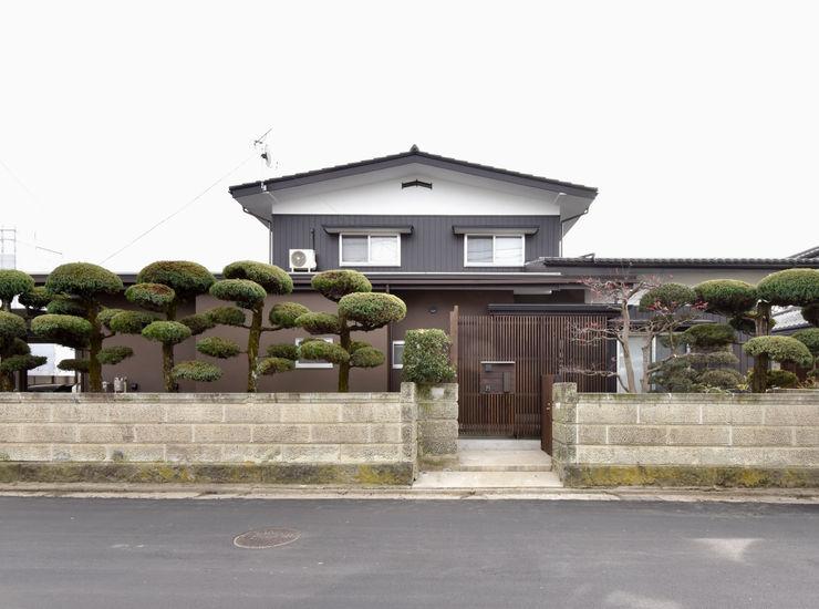 (有)中尾英己建築設計事務所 現代房屋設計點子、靈感 & 圖片