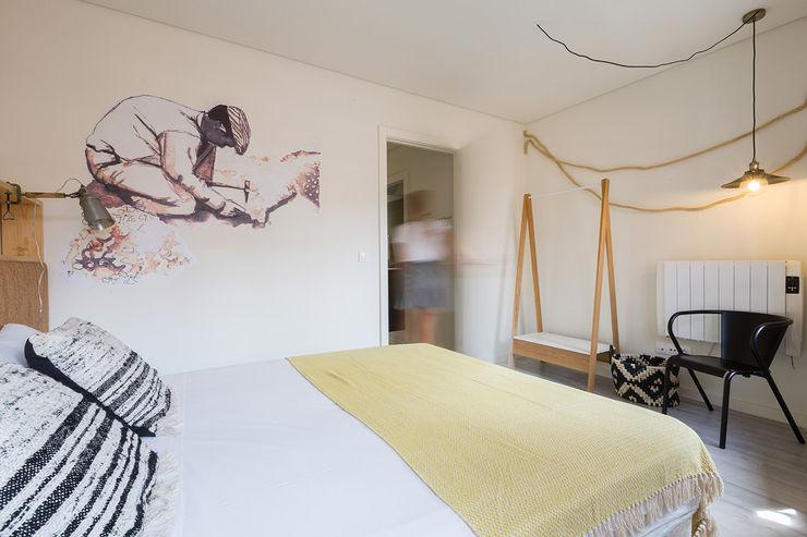 Genuine Oporto Apartments - Alojamento local no centro do Porto ShiStudio Interior Design QuartoCamas e cabeceiras