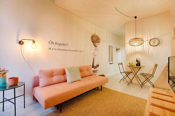 Genuine Oporto Apartments - Alojamento local no centro do Porto ShiStudio Interior Design Sala de estarAcessórios e Decoração