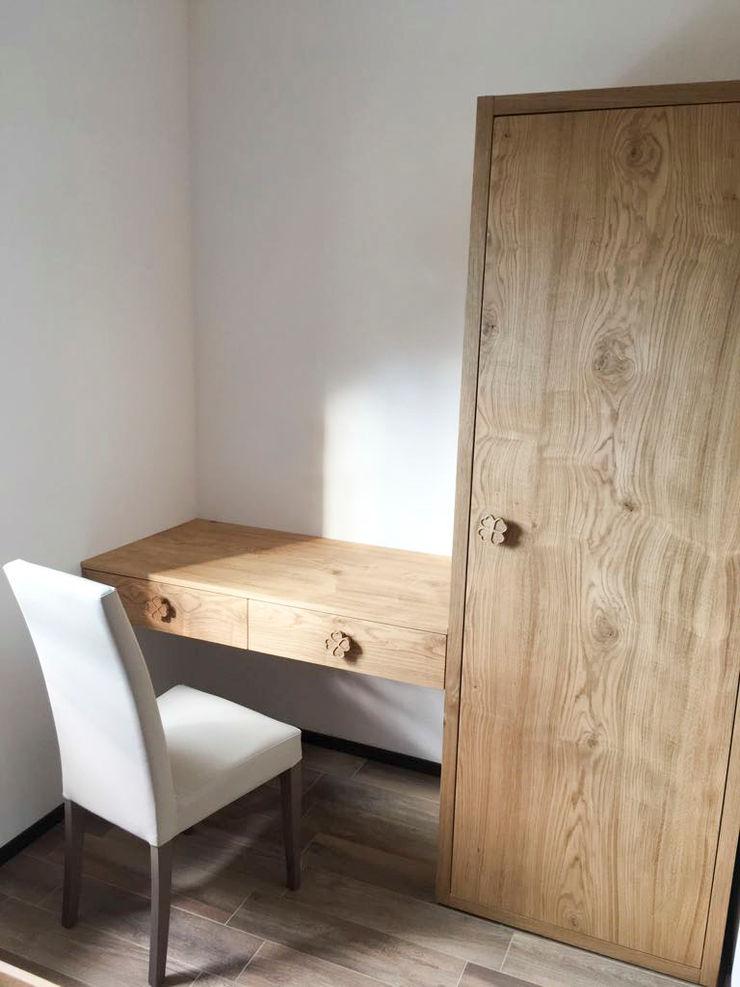 LO STILE NATURALE ENTRA IN CAMERA DA LETTO RI-NOVO Camera da letto in stile rustico Legno Marrone