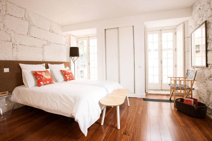 ShiStudio Interior Design Skandinavische Schlafzimmer