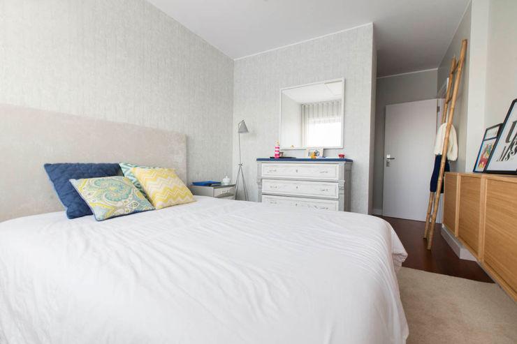 Apartamento Nórdico - T3 Condomínio Imoloc - MATOSINHOS ShiStudio Interior Design QuartoCamas e cabeceiras