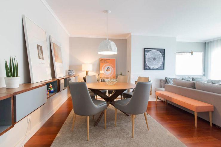 Apartamento Nórdico - T3 Condomínio Imoloc - MATOSINHOS ShiStudio Interior Design Sala de jantarAcessórios e decoração