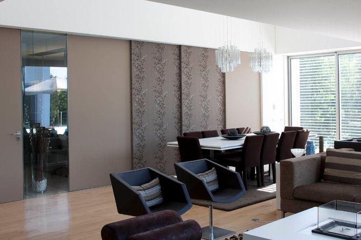 Sala - Vivenda em Famalicão - SHI Studio Interior Design ShiStudio Interior Design Sala de estarAcessórios e Decoração