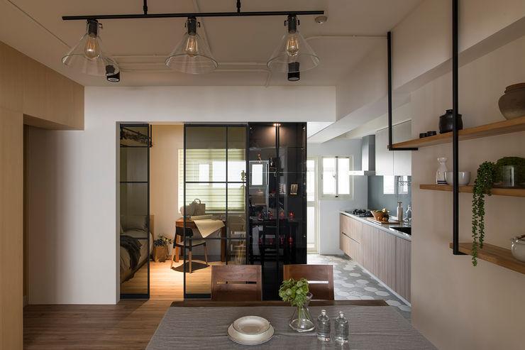 《日向》 辰林設計 書房/辦公室 White
