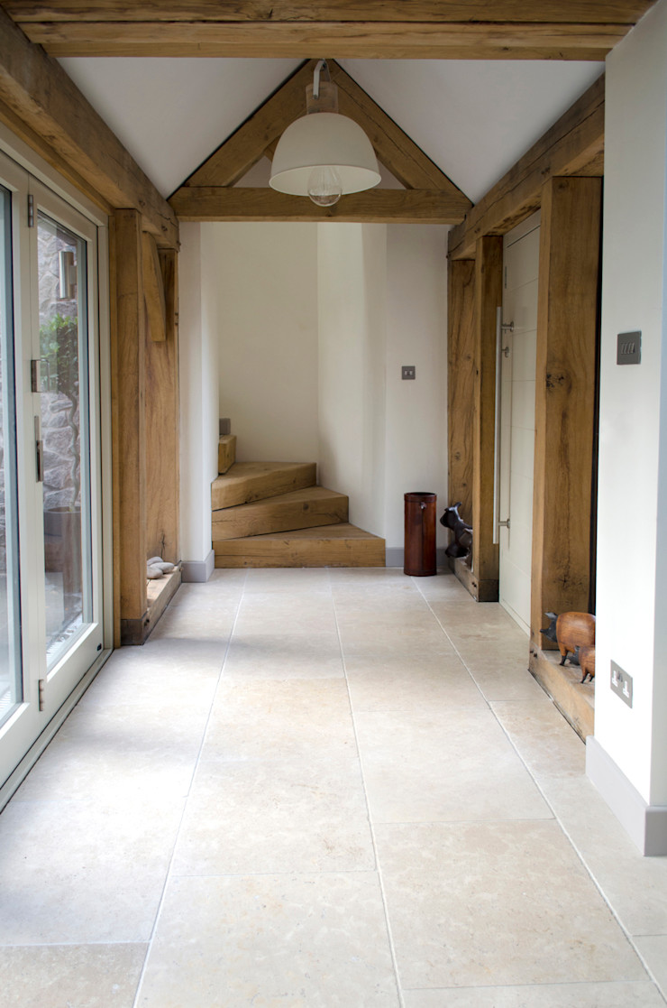Country Cottage: Dijon Tumbled Limestone Quorn Stone Country style corridor, hallway& stairs Limestone