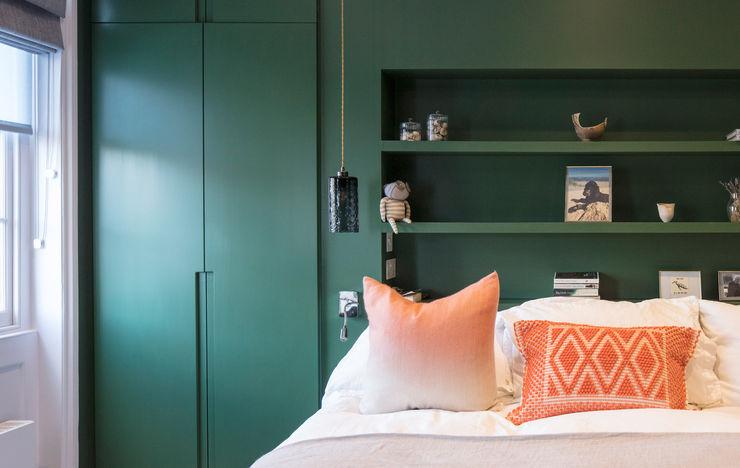 Green Bedroom Architecture for London Phòng ngủ phong cách hiện đại