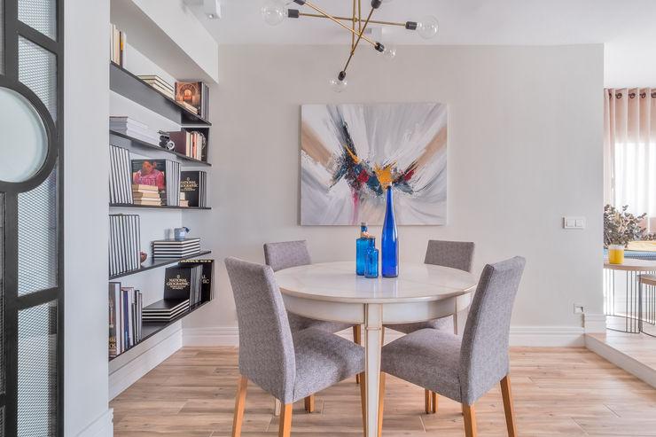 Reforma y Amueblamiento en vivienda piso en Tres Cantos itta estudio Comedores de estilo ecléctico