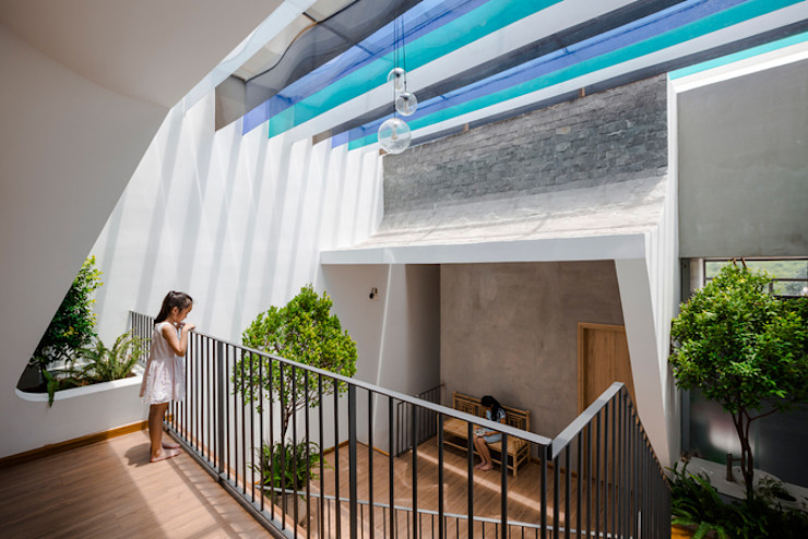 Công ty TNHH Xây Dựng TM – DV Song Phát Modern style balcony, porch & terrace