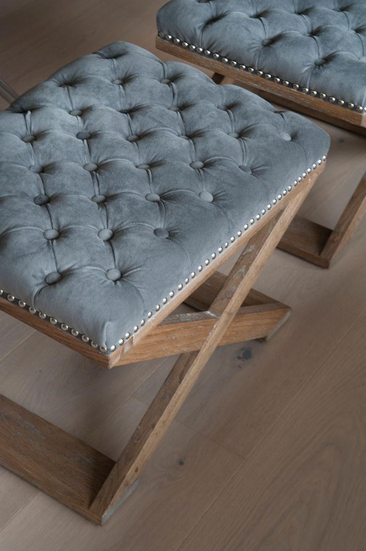 Reforma de piso con vistas Sube Interiorismo Salones de estilo clásico Gris