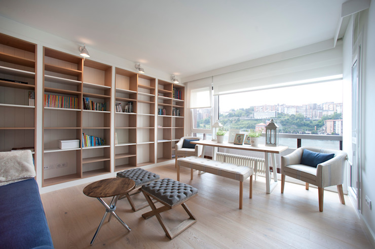 Reforma de piso con vistas Sube Interiorismo Salones de estilo clásico Beige