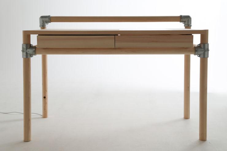 CONSENTABLE Study/officeDesks Kayu Wood effect