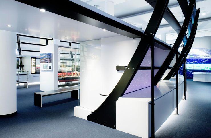Innenansicht Ausstellungsraum Verkehrsmuseum Dresden Marius Schreyer Design Ausgefallene Museen