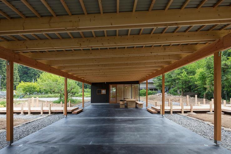 arbol Minimalist corridor, hallway & stairs Concrete Grey