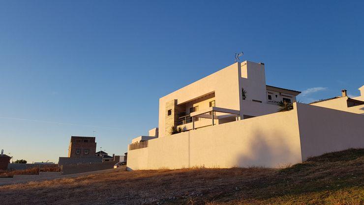FACHADA EXTERIOR Mohedano Estudio de Arquitectura S.L.P. Casas unifamilares