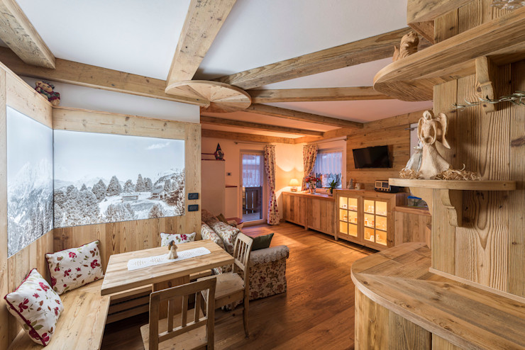 Un piccolo angolo vicino al paradiso RI-NOVO Soggiorno in stile rustico Legno Marrone