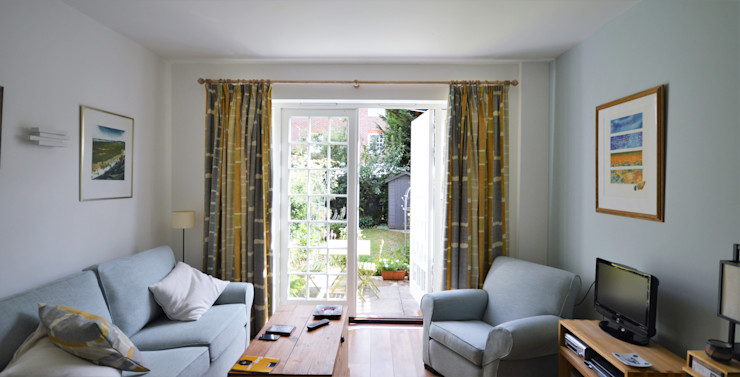 Painting and decorating Royal Arsenal, London Paintforme Modern living room Blue