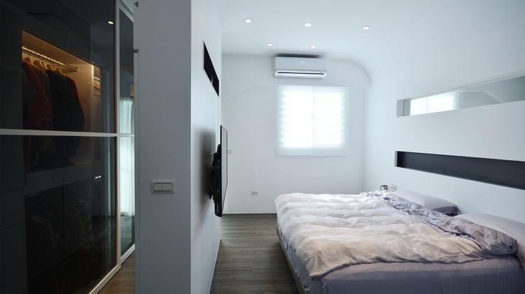 瓦悅設計有限公司 Quartos modernos