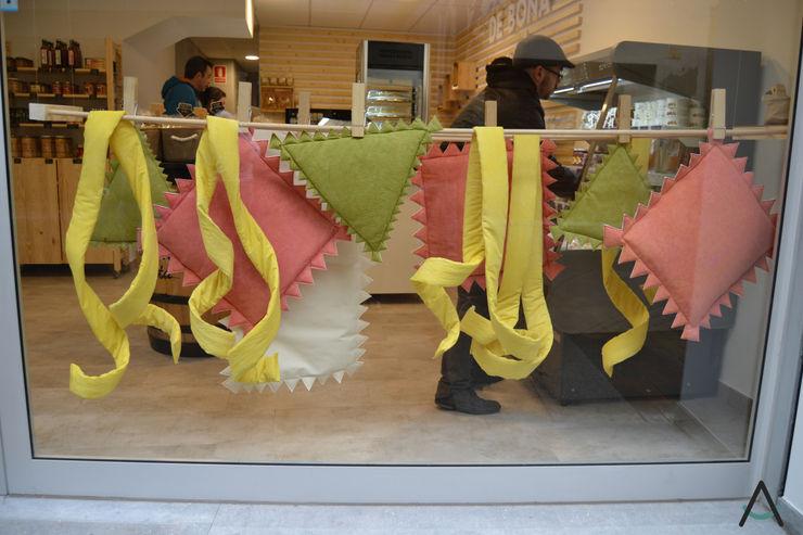 De Bona Pasta Estudi Aura, decoradores y diseñadores de interiores en Barcelona Gastronomía de estilo rústico Madera