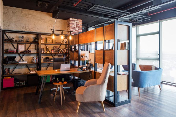 Ofis IKLIMA SENOL ARCHITECTURAL- INTERIOR DESIGN & CONSTRUCTION Ofis Alanları