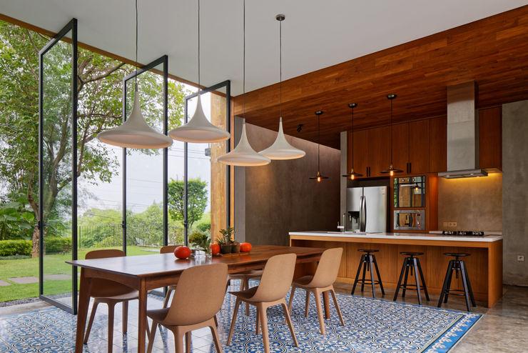House of Inside and Outside Tamara Wibowo Architects Kitchen Wood