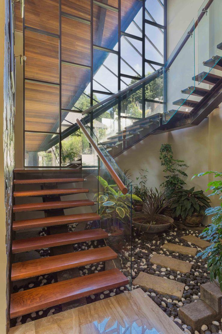MJ Kanny Architect درج