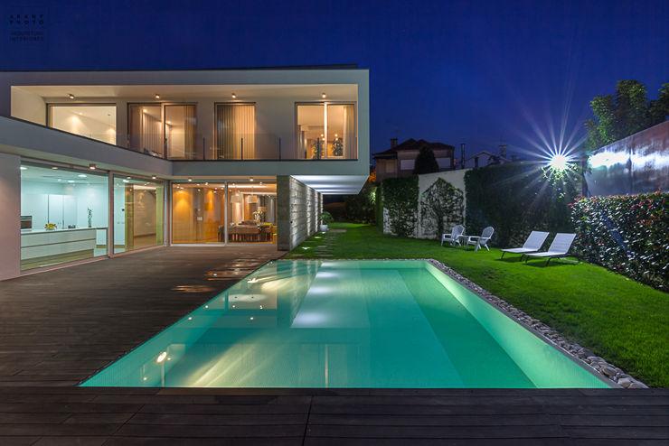 Fotografia de arquitetura – Moradia Unifamiliar ARKHY PHOTO Casas modernas