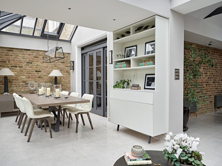 Family home in Dulwich Village Tailored Living Interiors غرفة السفرة الطوب Beige