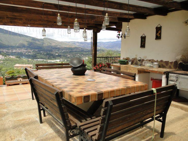 Casa De Campo El Cucharal Pro Escala Arquitectos SAS Comedores de estilo clásico