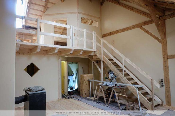 Dachausbau mit Galerie Thisalo GmbH Treppe