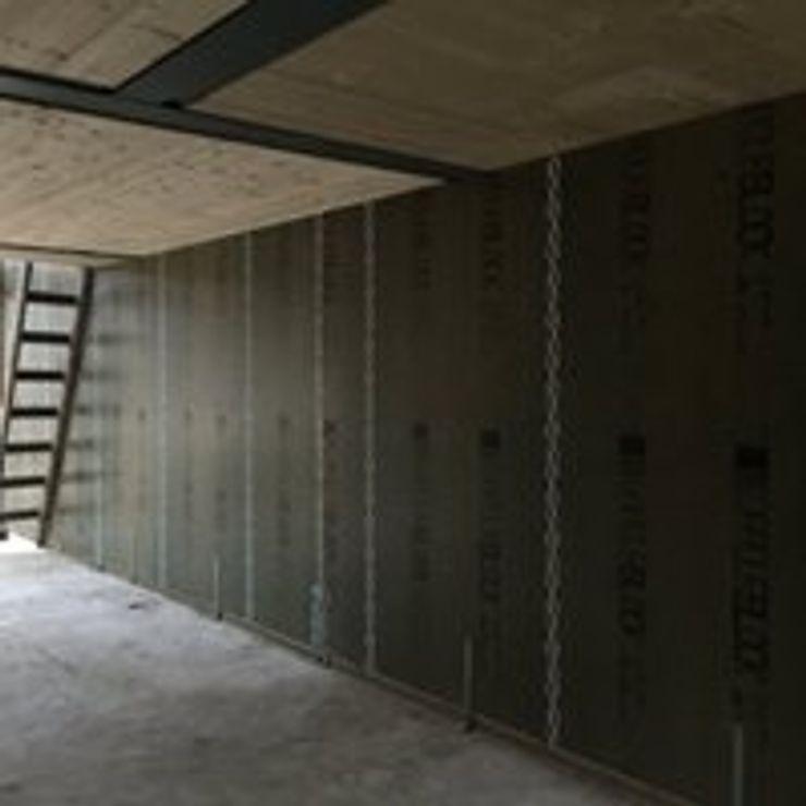 Drevo - Wood Solutions Lda Modern Living Room