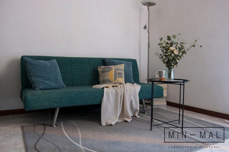 Home staging Bilocale Q. - Salotto MINIMAL | Laboratorio d'Interni Soggiorno moderno