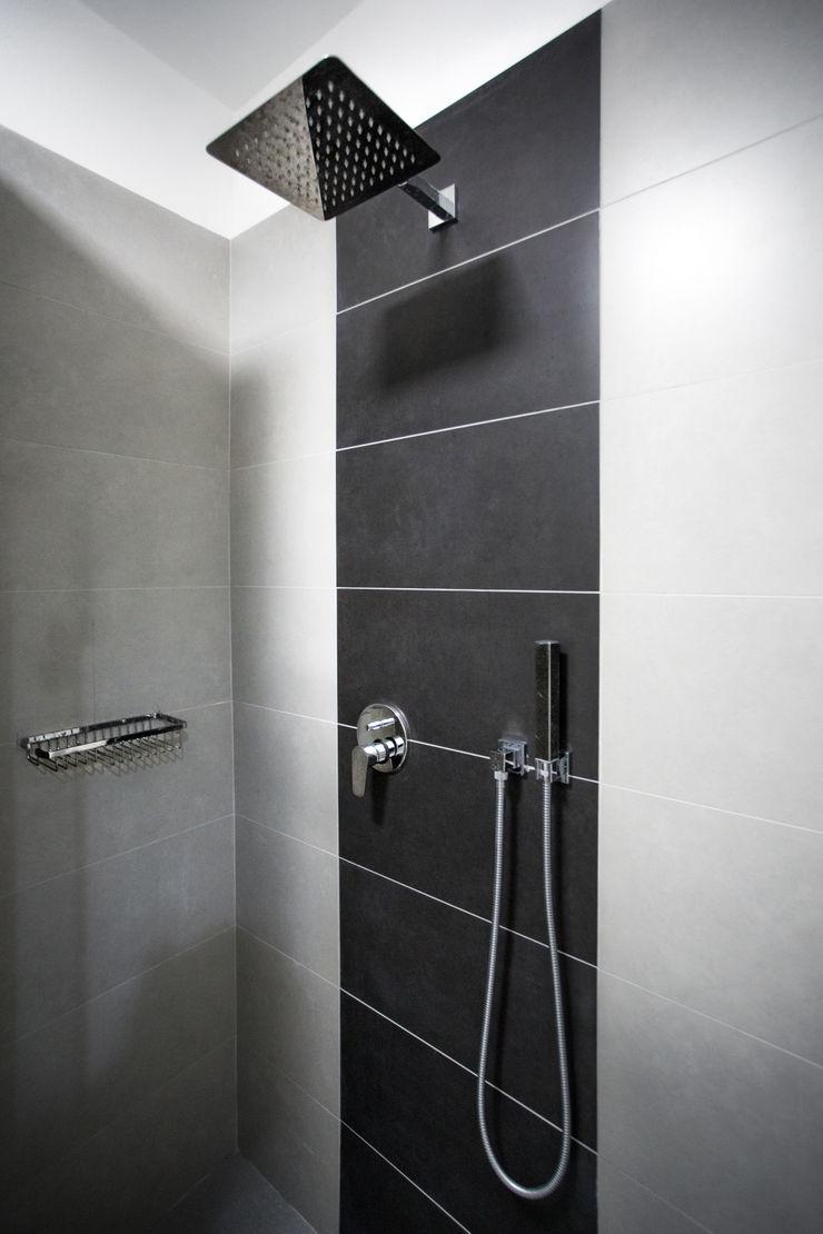 Casa-Cannocchiale MAMESTUDIO Bagno minimalista