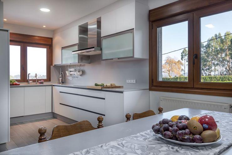 MORANDO INMOBILIARIA Kitchen