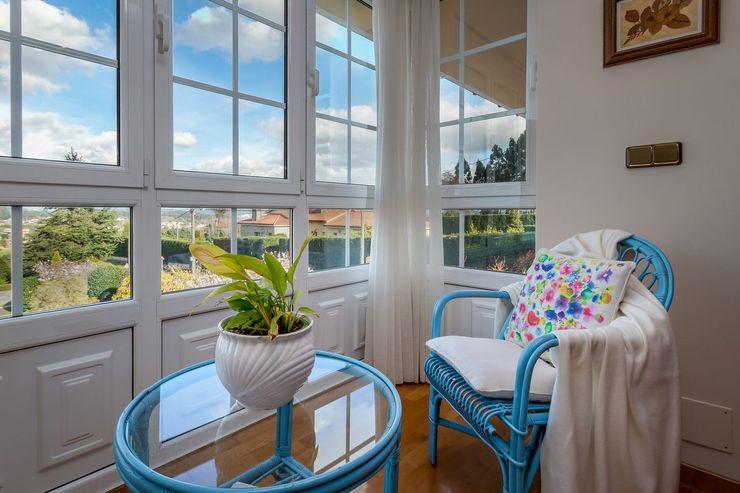 MORANDO INMOBILIARIA Rustic style windows & doors