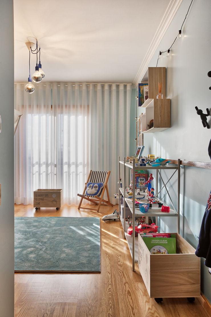 Quarto de menino ShiStudio Interior Design Quarto de criançasAcessórios e Decoração