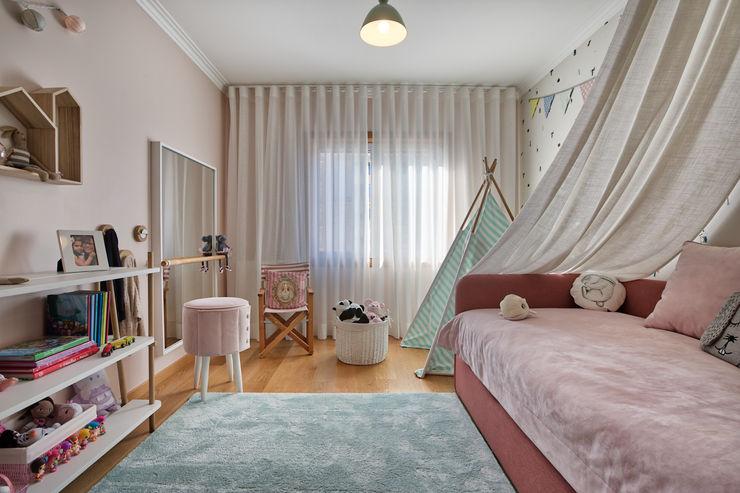 Quarto de menina ShiStudio Interior Design Quarto de criançasAcessórios e Decoração