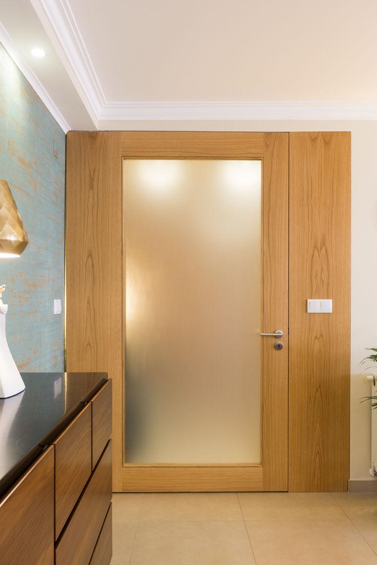 Sala piso 0 ShiStudio Interior Design Sala de jantarAcessórios e decoração