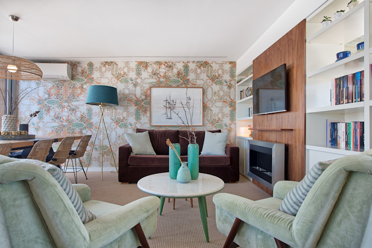 Sala piso 1 ShiStudio Interior Design Sala de estarAcessórios e Decoração