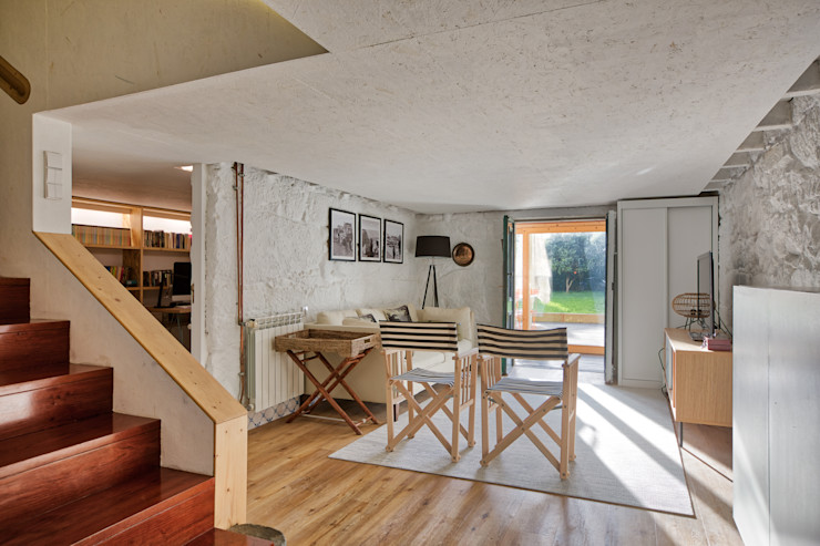 Cave - vivenda em S. Mamede - Projeto de interiores Shi Studio - Matosinhos, Porto ShiStudio Interior Design Escritórios rústicos Branco
